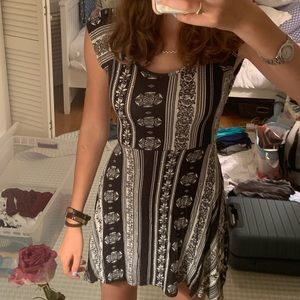 Ocean Drive Black and White Dress S